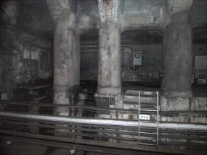 131101銀座線万世橋駅構内