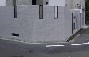 クローズ外構タイル貼り塀 フィックスフェンス